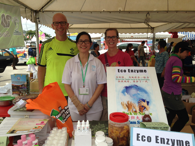 4 VFQ environmentalist friend Vegan Food Quest   Veggin Out and About In Southeast Asia!