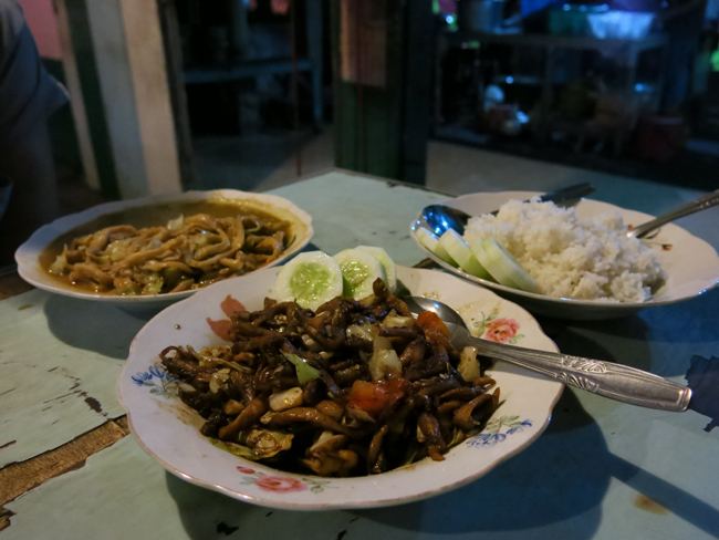Picture 10 Jamur tonseng curry Vegan Food Quest   Veggin Out and About In Southeast Asia!