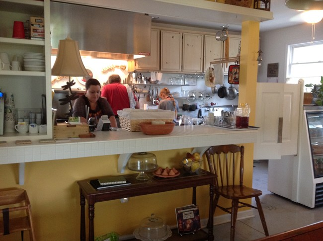 Open kitchen 650x485 LA CUCINA Italian Kitchen, Milanos Finest In The Most Unlikely Place