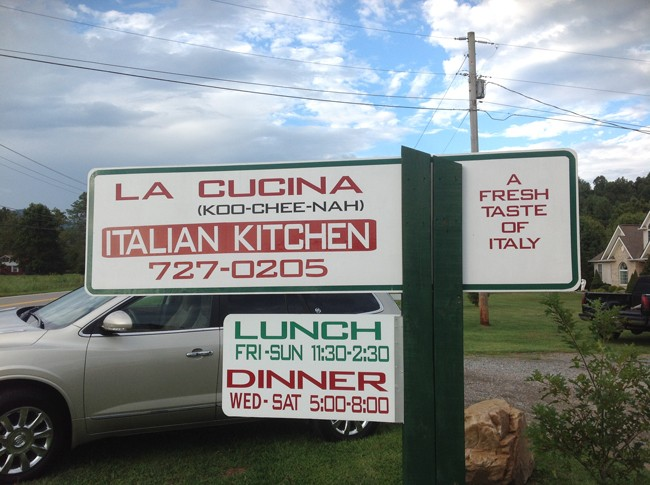 Sign 650x485 LA CUCINA Italian Kitchen, Milanos Finest In The Most Unlikely Place